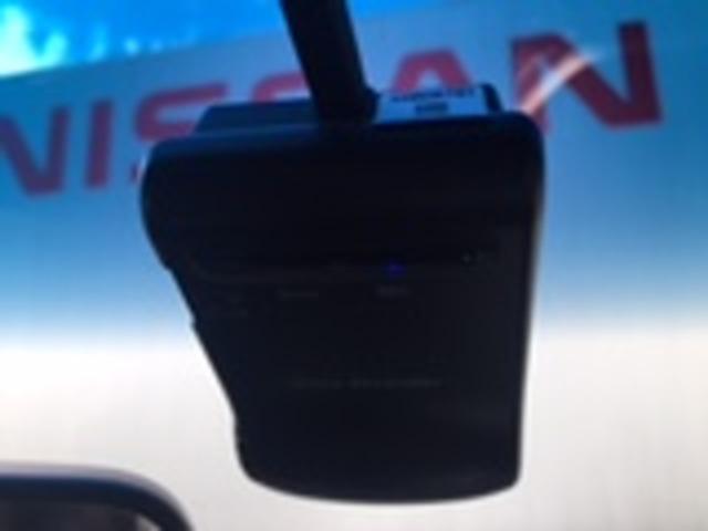 250ハイウェイスターS アーバンクロム 2.5 250ハイウェイスターS アーバンクロム ナビ TV 全方位M ETC ドラレコ オットマン 両側電動スライドドア(12枚目)