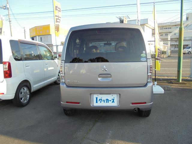 M キーレス CDデッキ エアコン 軽自動車 660 AT(3枚目)