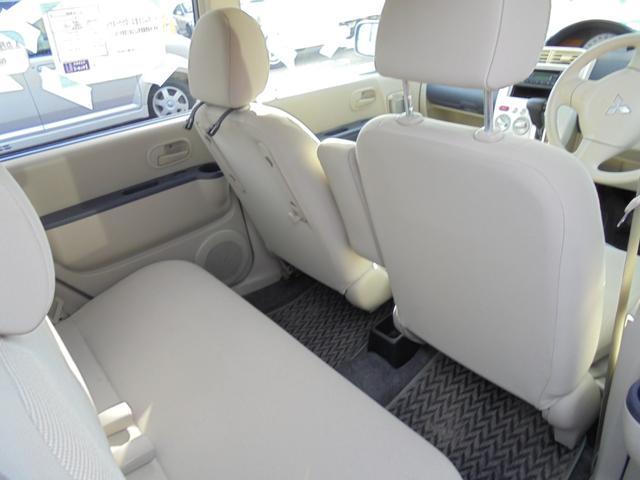 M キーレス CDデッキ エアコン 軽自動車 660 AT(11枚目)