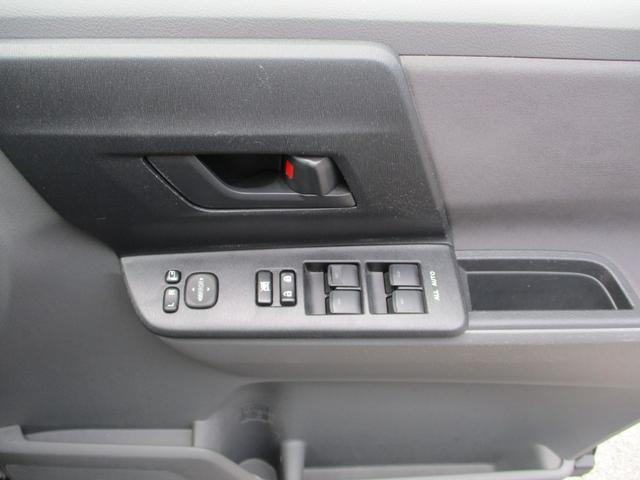 HDDナビ・リアモニター・バックカメラ・片側自動スライドドア(18枚目)
