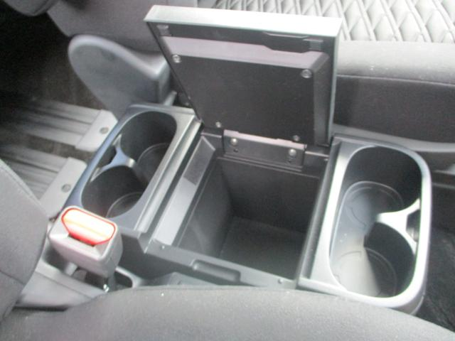 4WD ディーゼルエンジン パワースライドドア(13枚目)
