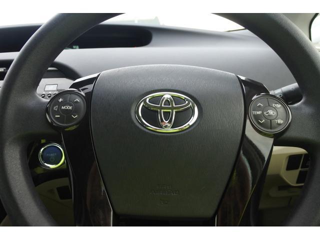 「トヨタ」「プリウス」「セダン」「徳島県」の中古車26