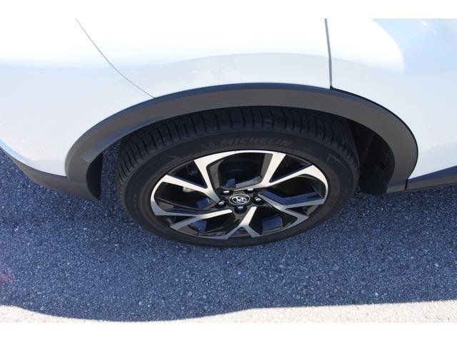 「トヨタ」「C-HR」「SUV・クロカン」「徳島県」の中古車19