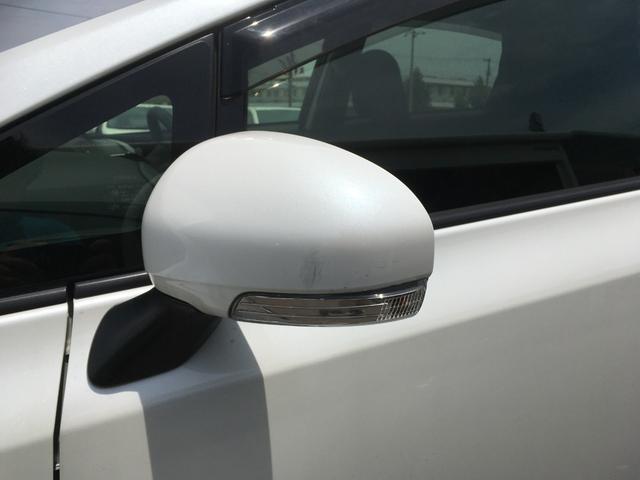 S 禁煙車 純正ナビ フルセグ DVD 音楽録音 ETC Bluetooth Bカメラ プッシュスタート スマート ステアリングリモコン マット バイザー オートライト ヘッドライトレベライザー(20枚目)