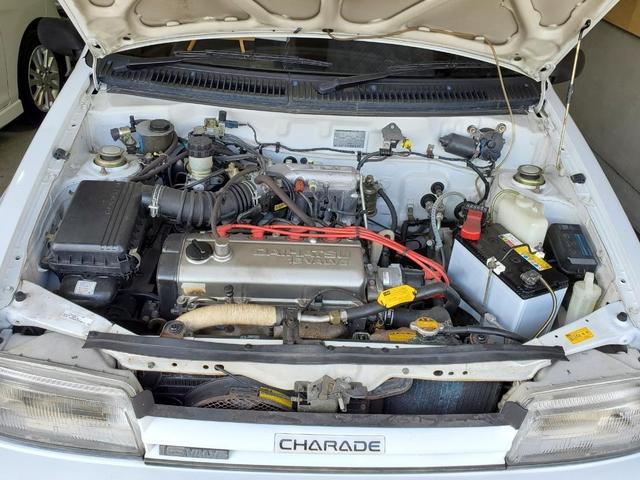 HC型4気筒エンジンです。1300cc余裕の走りを体感ください。バッテリーは新品交換済みです。
