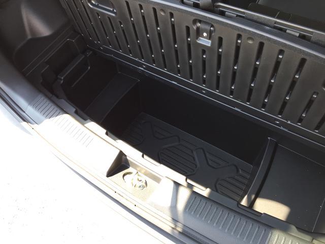 「スズキ」「クロスビー」「SUV・クロカン」「高知県」の中古車16