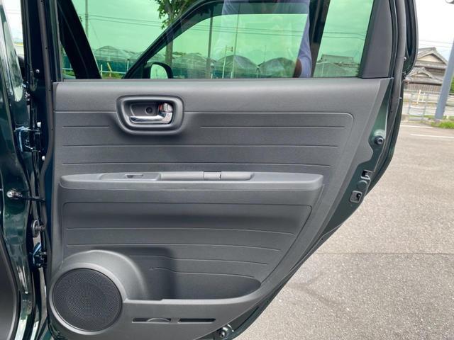 RS 6MT ターボ 届出済み未使用車 OP白ルーフ ボディーコーティング(5年間保証)バックカメラ フロアマット ドアバイザー フルLEDヘッドライト クリアランスソナー オートパーキングブレーキ USB(40枚目)