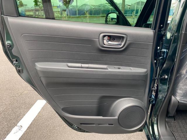 RS 6MT ターボ 届出済み未使用車 OP白ルーフ ボディーコーティング(5年間保証)バックカメラ フロアマット ドアバイザー フルLEDヘッドライト クリアランスソナー オートパーキングブレーキ USB(45枚目)