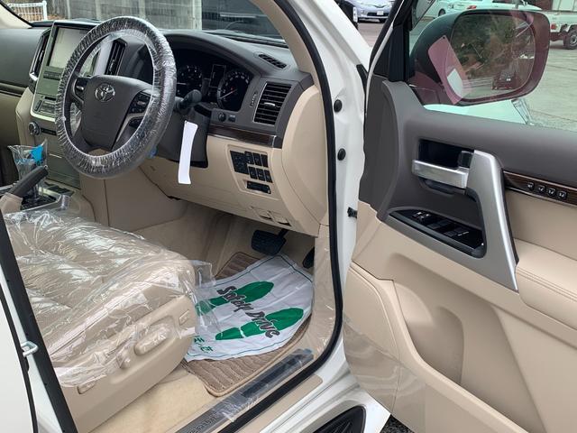 ZX ワンオーナ SDマルチ クールBOX BSM サンルーフ パワーバックドア ルーフレール マルチテレインモニター 寒冷地仕様 リヤエンター モデリスタエアロ ヘッドランプクリーナー LDA 本革シート(16枚目)