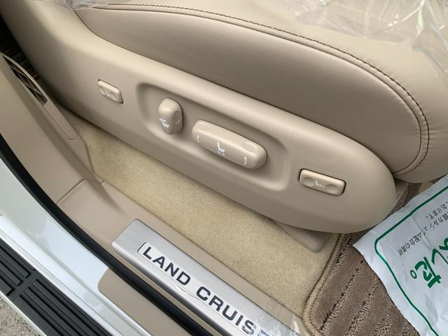 ZX ワンオーナ SDマルチ クールBOX BSM サンルーフ パワーバックドア ルーフレール マルチテレインモニター 寒冷地仕様 リヤエンター モデリスタエアロ ヘッドランプクリーナー LDA 本革シート(21枚目)