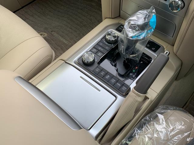 ZX ワンオーナ SDマルチ クールBOX BSM サンルーフ パワーバックドア ルーフレール マルチテレインモニター 寒冷地仕様 リヤエンター モデリスタエアロ ヘッドランプクリーナー LDA 本革シート(45枚目)