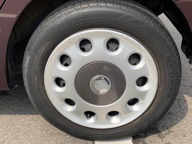 ミラココア専用ホイルキャップ。各種タイヤのお取り寄せにも対応できます。お気軽にご相談ください。