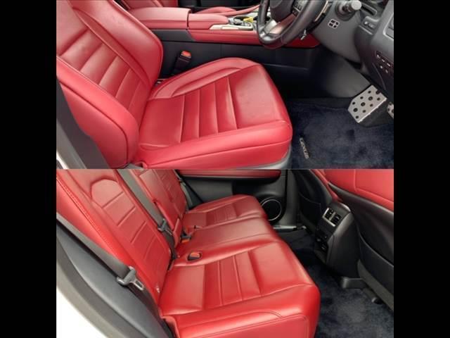 ☆一列目、二列目シート共に赤レザーシートが綺麗に保たれております。