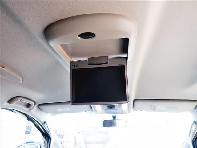 2.4Z 7人乗/フリップダウンモニター/両側パワースライドドア/純正HDDナビ/DVD・CD再生/CD録音/BTオーディオ・TEL接続/フルセグTV/バックモニタ/ETC/HIDヘッドライト/スマートキー(17枚目)