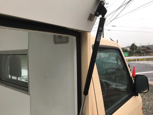 移動販売車・キッチンカーベース 全塗装(15枚目)