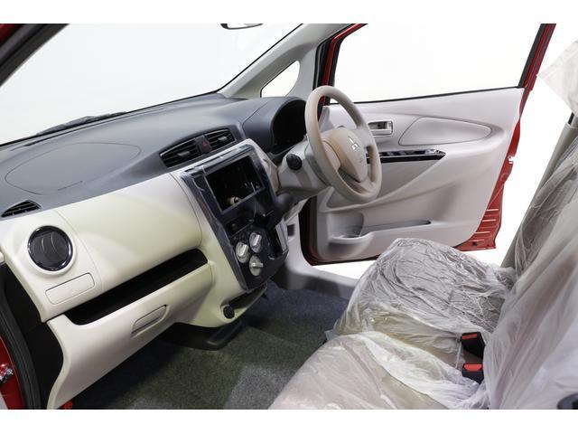 E 届出済未使用車 キーレス シートヒーター 衝突安全ボディ(5枚目)