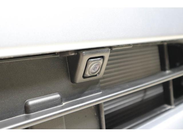360°カメラ用フロントカメラ:駐車時に、死角が見えるので安心ですね。(ナビゲ-ションを取り付けると使用可能になります。)