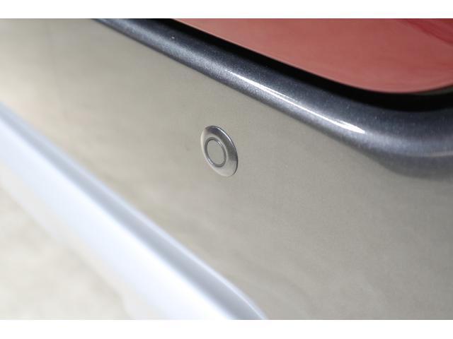 障害物センサー:障害物の接近をお知らせします。初心者や運転に自信のない方に最高の装備です!