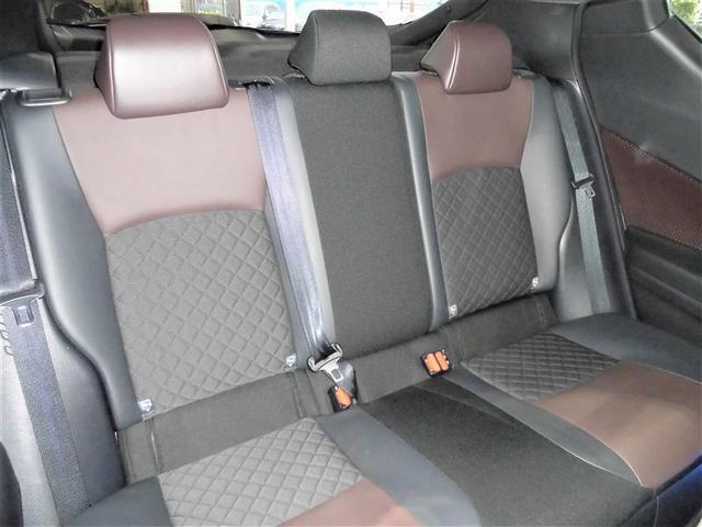 「トヨタ」「C-HR」「SUV・クロカン」「高知県」の中古車17
