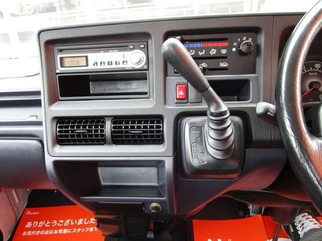 TC 三方開 4WD パワーウィンドウ AT キーレスエントリー CDオーディオ 軽トラック(15枚目)