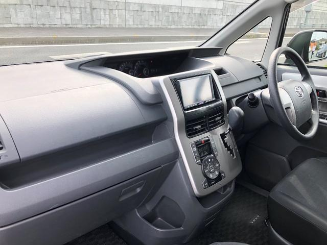 「トヨタ」「ヴォクシー」「ミニバン・ワンボックス」「愛媛県」の中古車18