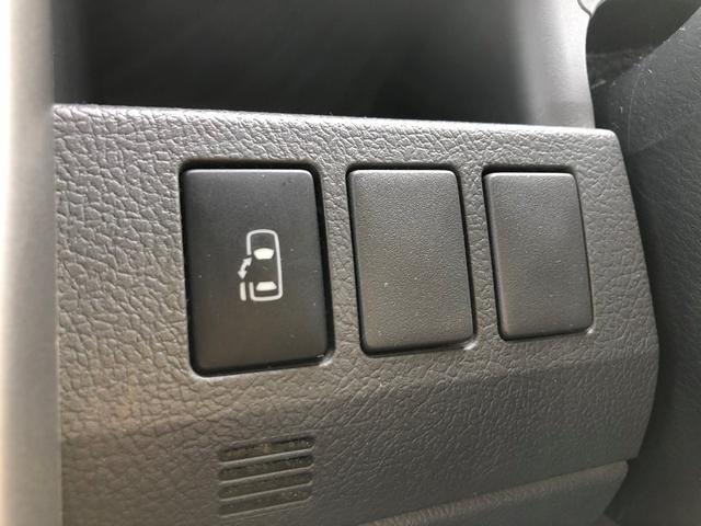 「トヨタ」「ヴォクシー」「ミニバン・ワンボックス」「愛媛県」の中古車27