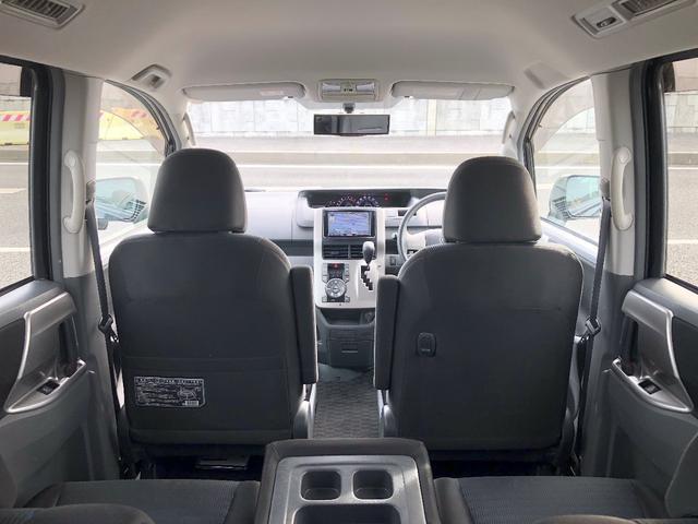 「トヨタ」「ヴォクシー」「ミニバン・ワンボックス」「愛媛県」の中古車42