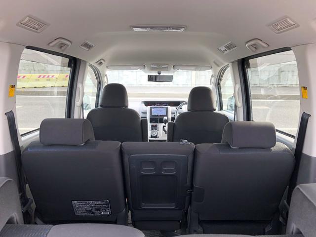「トヨタ」「ヴォクシー」「ミニバン・ワンボックス」「愛媛県」の中古車43