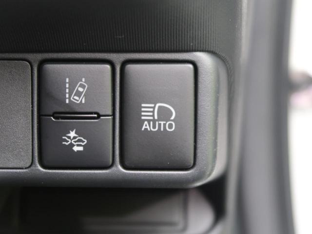 Sスタイルブラック 衝突軽減装置 SDナビ バックカメラ スマートキー ETC 車線逸脱警報 オートハイビーム 電動格納ミラー 横滑り防止装置 オートエアコン ヘッドライトレベライザー ウインカーミラー(8枚目)