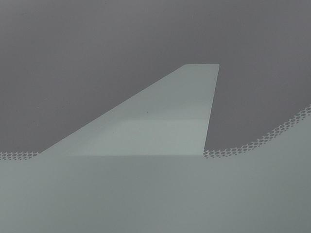 X 衝突軽減装置 車線逸脱警報 HIDヘッド フルセグ スマートキー Bluetooth オートライト スマートキー アイドリングストップ プライバシーガラス 電動格納ミラー 純正カーオーディオ(4枚目)