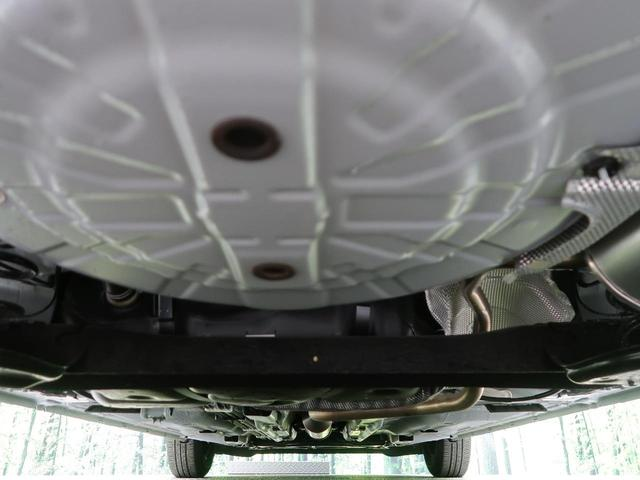 X 衝突軽減装置 車線逸脱警報 HIDヘッド フルセグ スマートキー Bluetooth オートライト スマートキー アイドリングストップ プライバシーガラス 電動格納ミラー 純正カーオーディオ(31枚目)