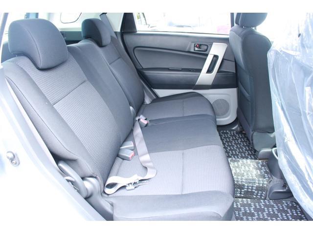 シートが柔らかくて座り心地が良いのでご年配の方でも安心してお乗り頂けます。