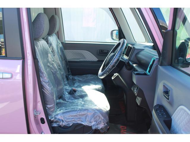 運転席です。広さがあるので運転時のストレスフリーですよ♪