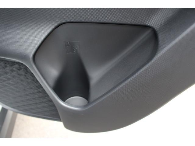 G コーナーセンサー シートヒーター ステアリングスイッチ アルミホイール キーフリー LEDヘッドランプ オートライト(29枚目)