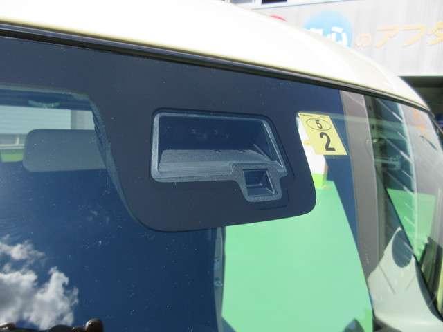 衝突軽減ブレーキが装備されていて、安全寄与します。
