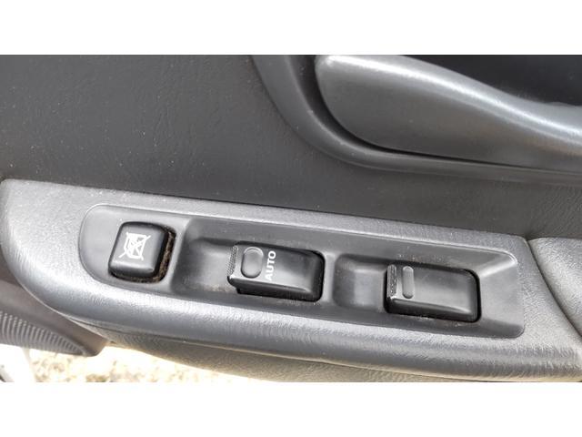 トランスポーター 4WD 5速 エアコン パワステ パワーウインドウ キーレス プライバシーガラス ETC ワンオーナー(17枚目)