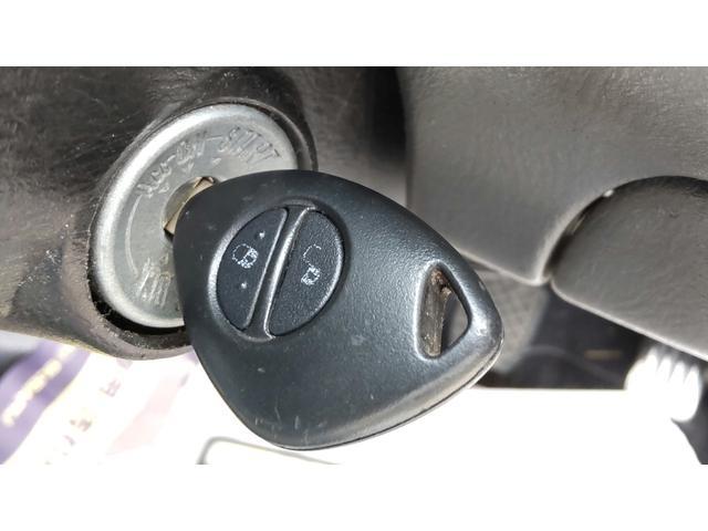 トランスポーター 4WD 5速 エアコン パワステ パワーウインドウ キーレス プライバシーガラス ETC ワンオーナー(25枚目)