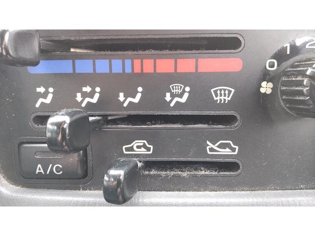 トランスポーター 4WD 5速 エアコン パワステ パワーウインドウ キーレス プライバシーガラス ETC ワンオーナー(26枚目)
