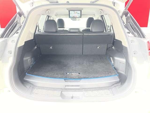 モード・プレミアHVオーテック30thアニバーサリー 2.0 モード・プレミア ハイブリッド オーテック 30th アニバーサリー 4WD ナビ TV バックM ETC Bluetooth シートヒーター 後席モニター(20枚目)