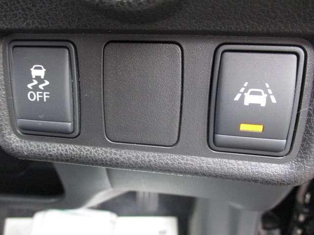 1.2 X FOUR Vセレクション プラスセーフティII 4WD エマージェンシーブレーキシステム搭載(7枚目)
