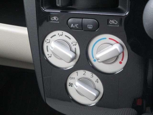 S エマージェンシーブレーキ 横滑り防止装置 アイドリングストップ シートヒーター(6枚目)