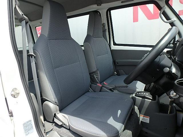 日産 NV100クリッパーバン DX HR SDナビ