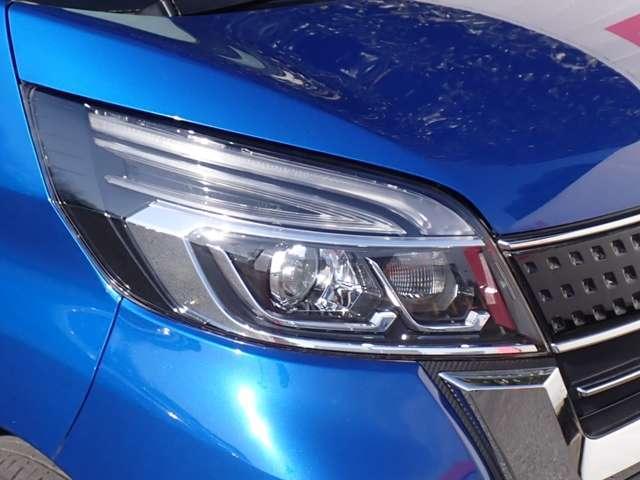 ハイウェイスター Gターボ 4WD・エマージェンシーブレーキ・アラウンドビューモニター・クルーズコントロール・ハイビームアシスト・LEDヘッドライト・両側オートスライドドア・ETC2.0・運転席シートヒーター・ワンオーナー(20枚目)