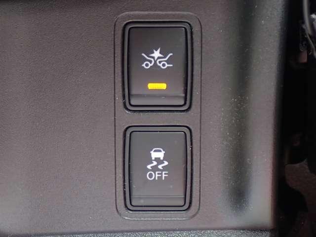 エマージェンシーブレーキ・踏み間違い防止アシスト装備で安全運転をサポート