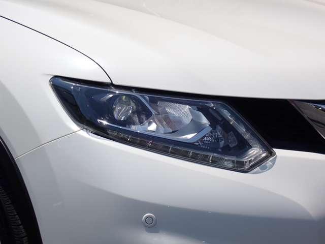 20Xt エマージェンシーブレーキパッケージ 純正メモリーナビ・地デジTV・アラウンドビューモニター・インテリジェントパーキングアシスト・クルーズコントロール・後側方車両検知警報・LEDヘッドライト・オートバックドア・(18枚目)