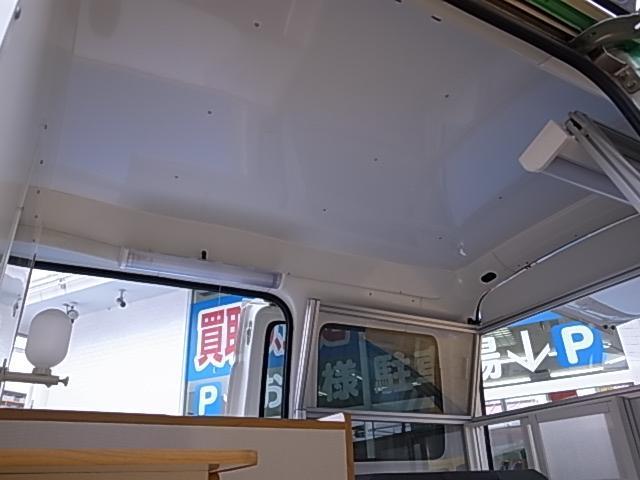 移動販売車 サブバッテリーシステム 冷蔵庫(13枚目)