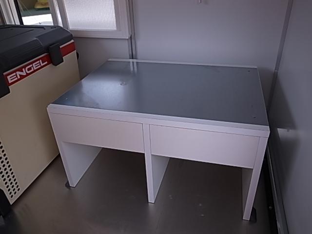 移動販売車 サブバッテリーシステム 冷蔵庫(15枚目)