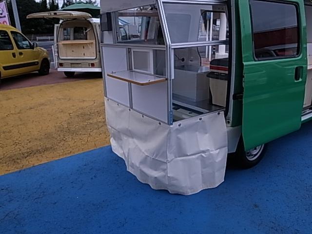 移動販売車 サブバッテリーシステム 冷蔵庫(18枚目)