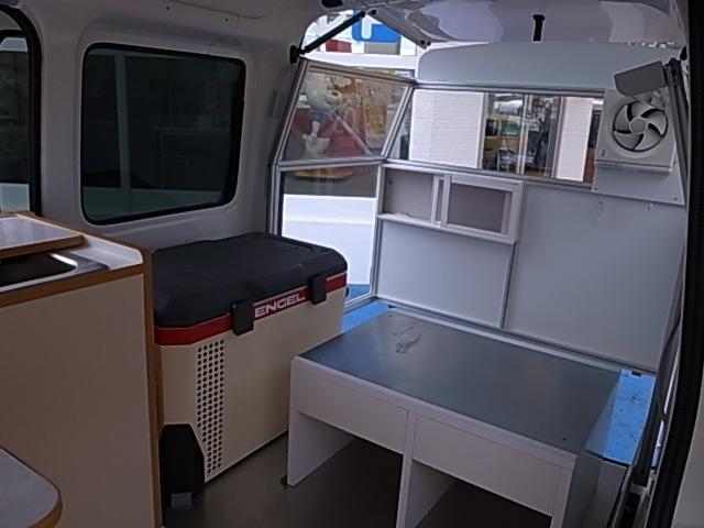 移動販売車 サブバッテリーシステム 冷蔵庫(49枚目)