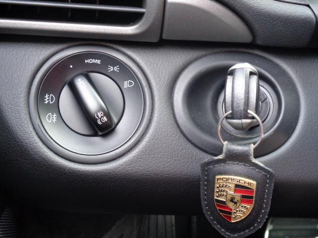 911カレラ スポーツクロノパッケージ 黒レザーシート 純正HIDライト 社外HDDナビ フルセグTV Bカメラ シートヒーター PSM ipod ETC(27枚目)